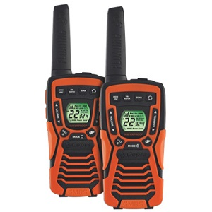 The Cobra Cxt 1035r Walkie Talkies Are Floating And Waterproof Making Them Perfect For Your Water Based Activities They Have A Long Distance Range